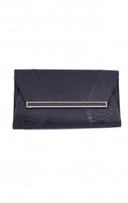 Musthave-Snake-Clutch