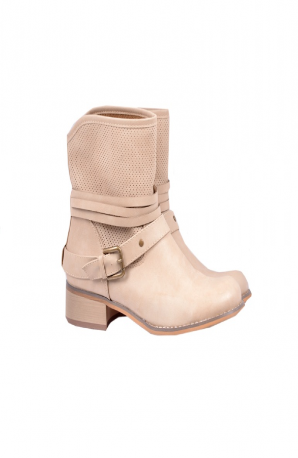 Beige-Boots-Musthaves1