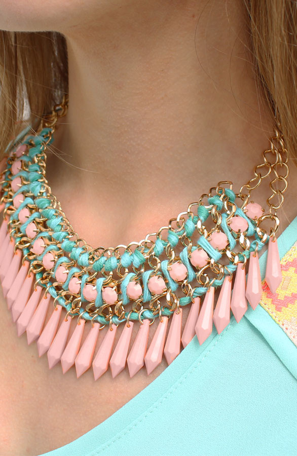 Lily-Necklace-TheMusthaves