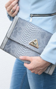 Clutch-met-slangenprint