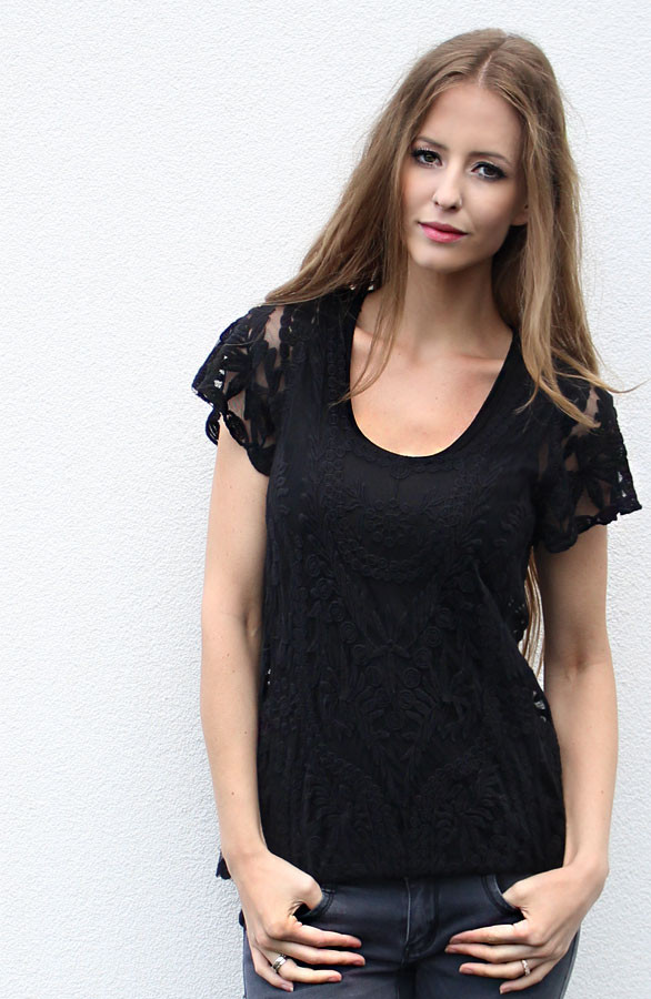 Musthaves-tops-it-shirts