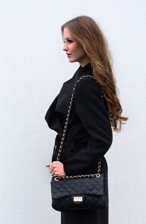 musthave-chain-tas