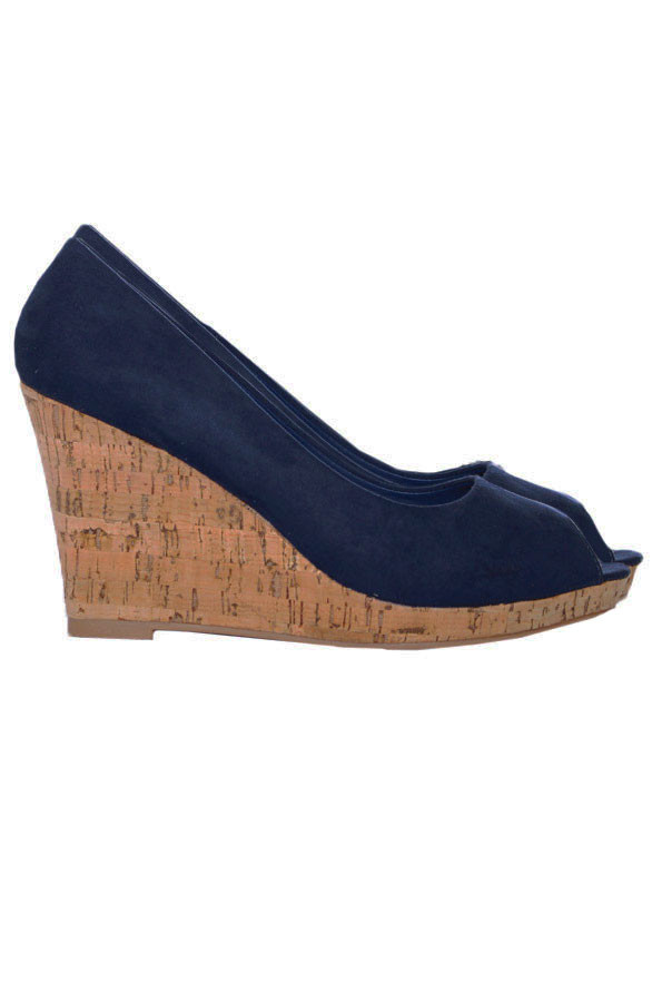 Musthave-Blue-Wedges