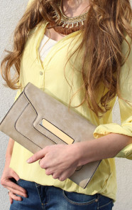 Taupe-clutch-musthaves
