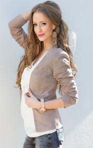 suede-blazer-dames-musthaves