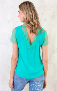 turquoise-tops-met-kant