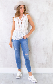 Peplum-Top-Embroidery-Wit-2