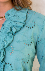Embroidery-Blouse-Oase-1