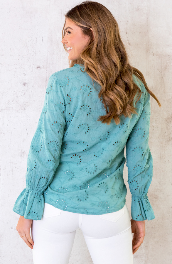 Embroidery-Blouse-Oase-2