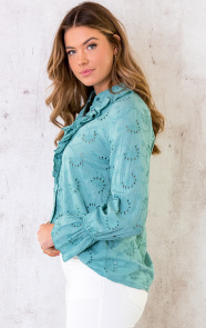 Embroidery-Blouse-Oase-3
