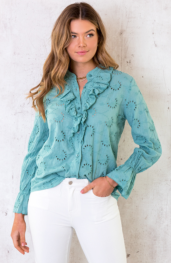 Embroidery-Blouse-Oase-6