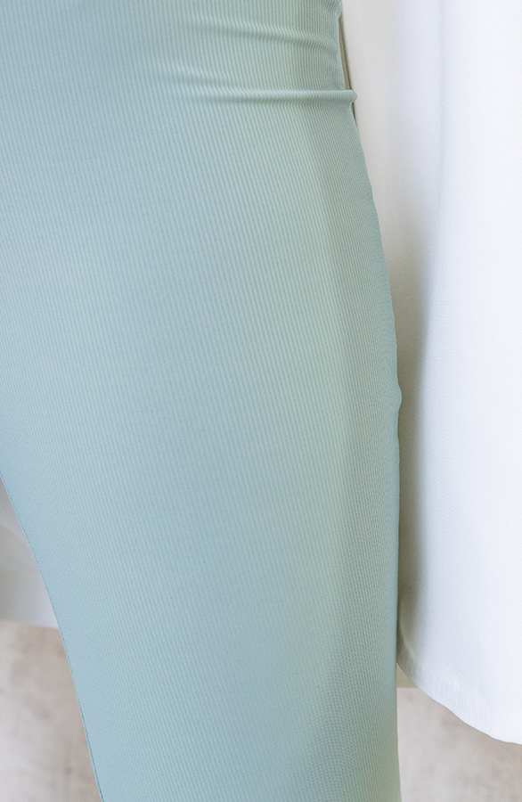 Flared-Broek-Extremely-Stretch-Mint-2
