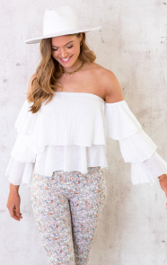 Off-Shoulder-Ruffle-Top-Wit-4