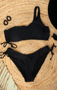 One-Shoulder-Bikini-Zwart