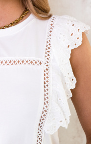 Ruches-Top-Embroidery-Wit-5