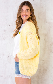 Oversized-Knitted-Vest-Soft-Yellow-5
