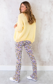 Oversized-Knitted-Vest-Soft-Yellow-8