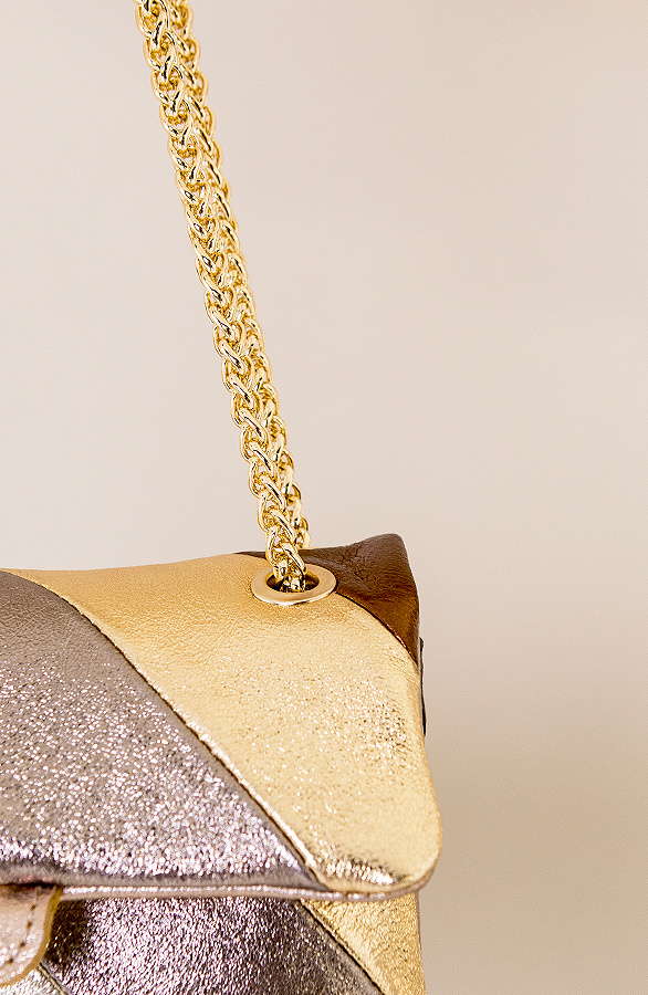 Leather-Rainbow-Chain-Bag-Small-Beige-3