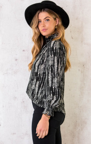 Col-Blouse-Print-Deluxe-2